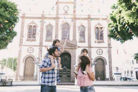 fotografo-familias-gran-canaria-fotos-familia-agaete-fotografias-agaete-las-nieves-familias-familia-acidalia-nuez-ninos-islas-canarias-espana001