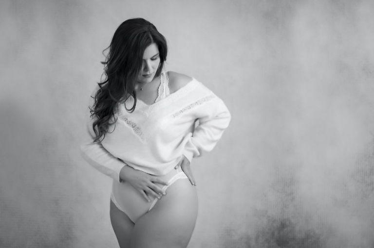 sesión boudoir, carmen curvielegante